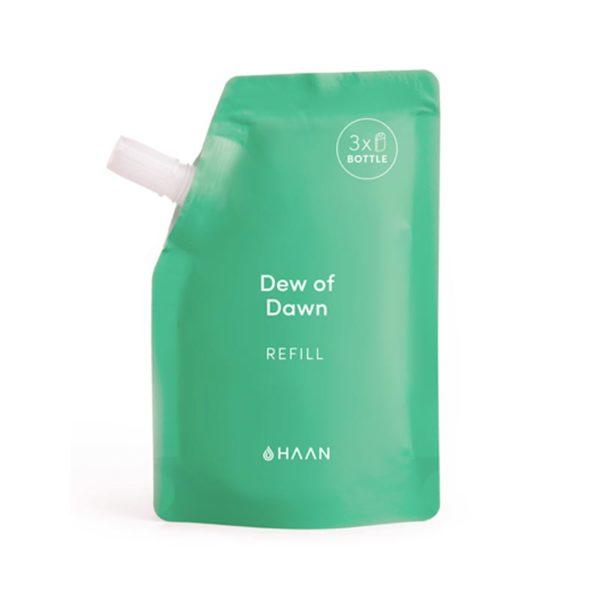 Haan käsidesin täyttöpakkaus Dew of Dawnissa on vihreä ja raikas tuoksu.. Tästä täyttöpussista voit täyttää HAAN täytettävän taskukokoisen käsidesin yli kolme kertaa.