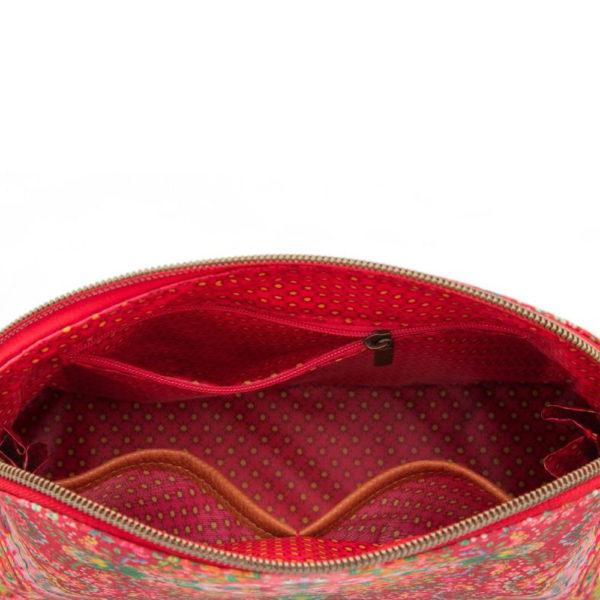 Pip Studion kaunis punainen meikkipussi Moon Delight kuosilla. Sisällä vetoketjutasku ja kaksi avointa taskua.