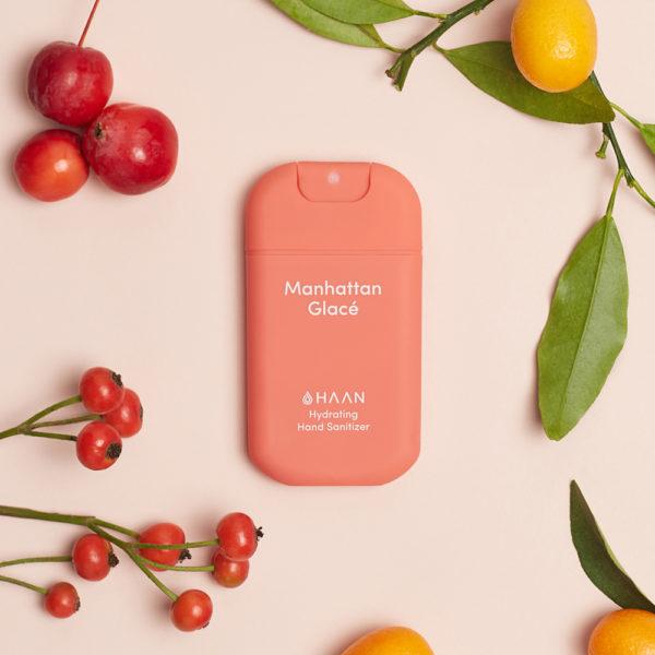 HAAN Suihkutettava 30 ml hyväntuoksuinen kosteuttava käsidesi joka sisältää myös aloe veraa. Meloninpunainen raikkaan tuoksuinen Manhattan Glacé..