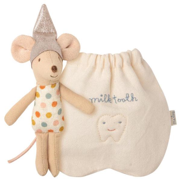 Maileg Tooth fairy mouse, Little - Mailegin suloinen hammankeijuhiiri hammaspussukassa.