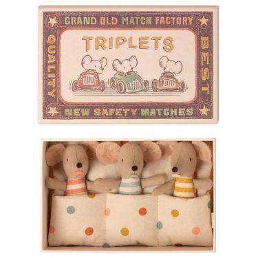 Maileg Triplets, baby mice in matchbox - Mailegin suloiset kolmoshiiret laatikossa.
