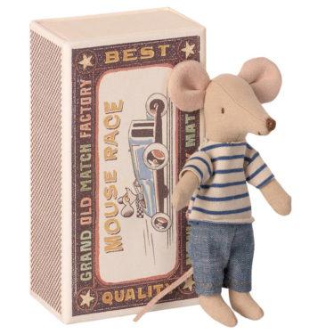 Maileg Big brother mouse in matchbox - Mailegin suloinen isovelihiiri laatikossa.